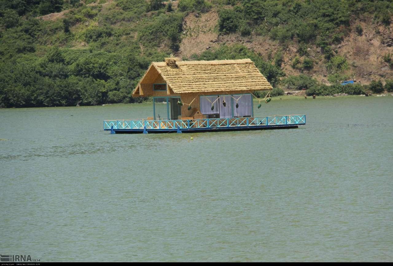 ایجاد کلبههای اقامتی شناور در آببندانها در اشتغالزایی موثر است