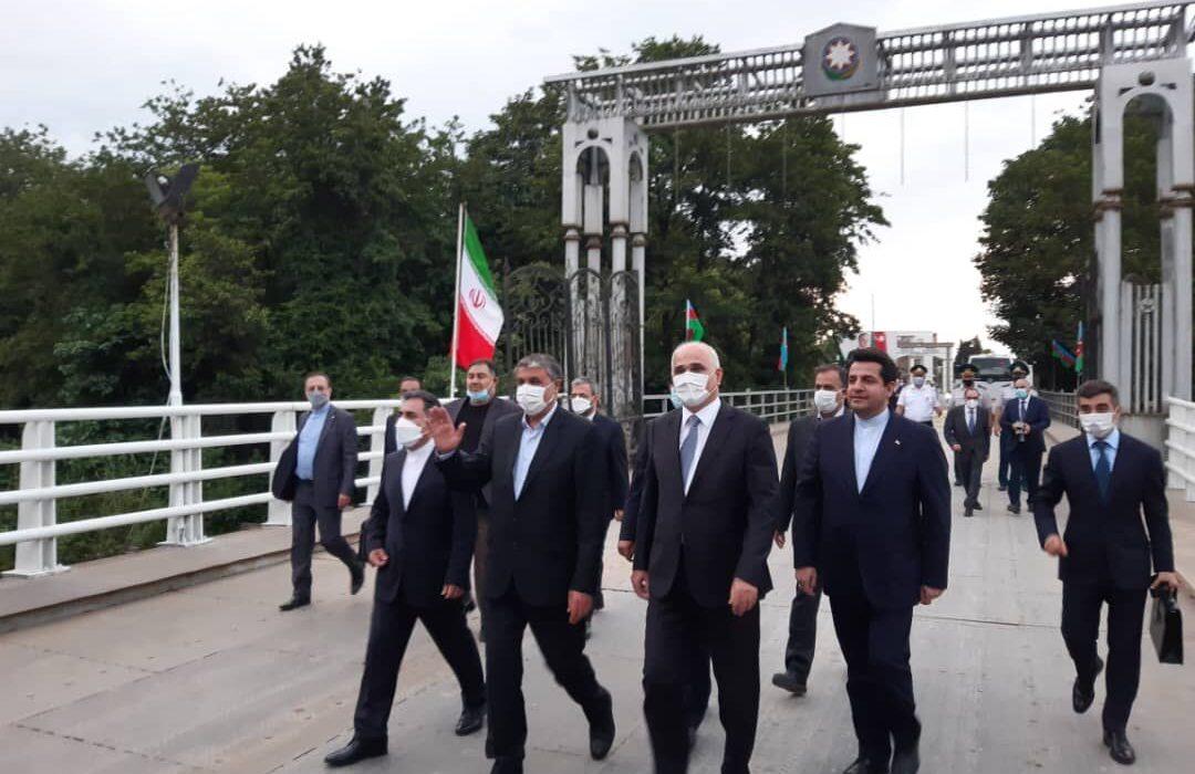امضای تفاهم نامه همکاری ایران و آذربایجان برای توسعه زیرساختهای ریلی