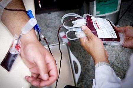 تنها سامانه کشوری سیار خونگیری با امکانات مجهز یک پایگاه انتقال خون ثابت در شهرداری رشت شروع به کار کرد.