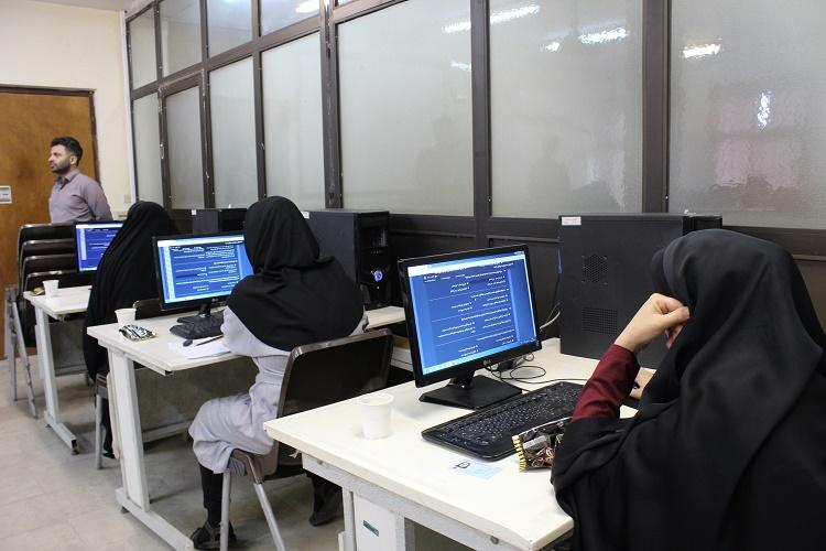 برگزاری آزمون مجازی نهضت سوادآموزی در جهاددانشگاهی گیلان