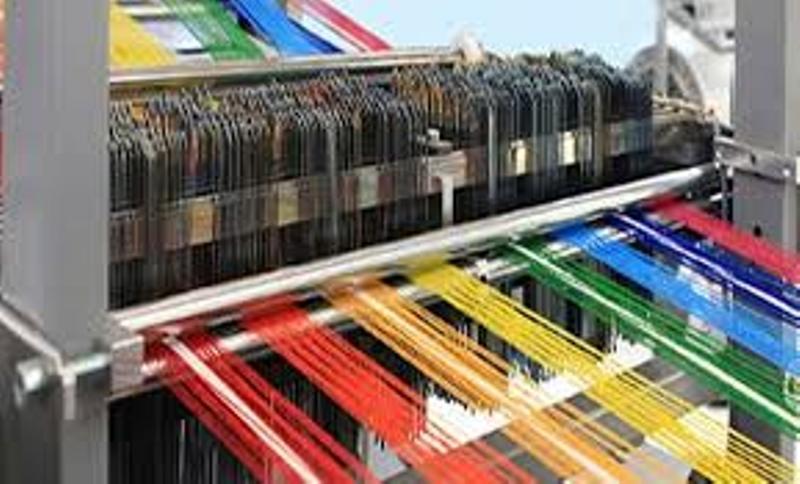 رئیس سازمان صنعت معدن و تجارت استان گیلان گفت: صنعت نساجی از قدیم با هویت گیلان گره خورده است.