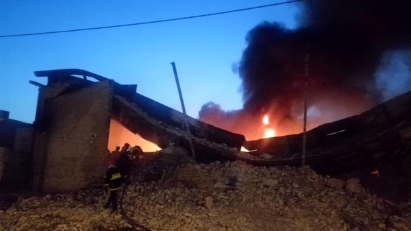 آتشسوزی شدید در انبار لوازم بهداشتی در جاده جیرده – رشت