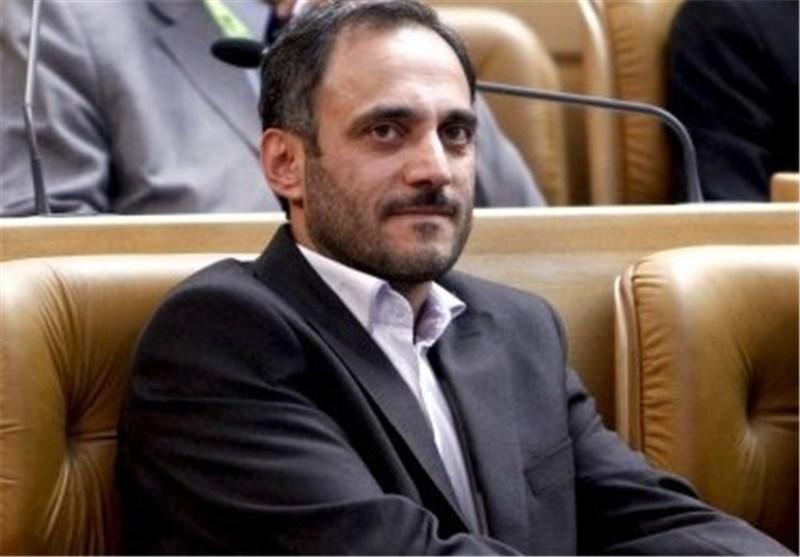 گیلان| عضو کمیسیون بهداشت مجلس: وزارت بهداشت اعتقادی به تولید دارو و تجهیزات پزشکی در داخل ندارد