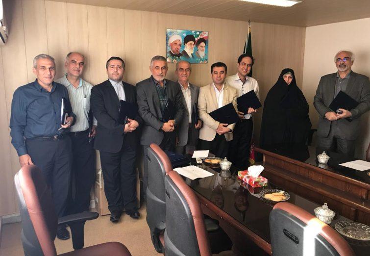جلسه مجمع مشورتی توسعه استان گیلان و اهدای احکام  با امضای دکتر نوبخت توسط مهندس شجاع