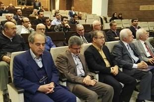 جامعه جراحان ایران در شصت و هفتمین کنگره میاندورهای خود پس از برشمردن دستاوردهای علمی حوزه سلامت، برگزاری نشستهای علمی را موجب افزایش علوم و تغییرات در جامعه جراحان برشمردند.