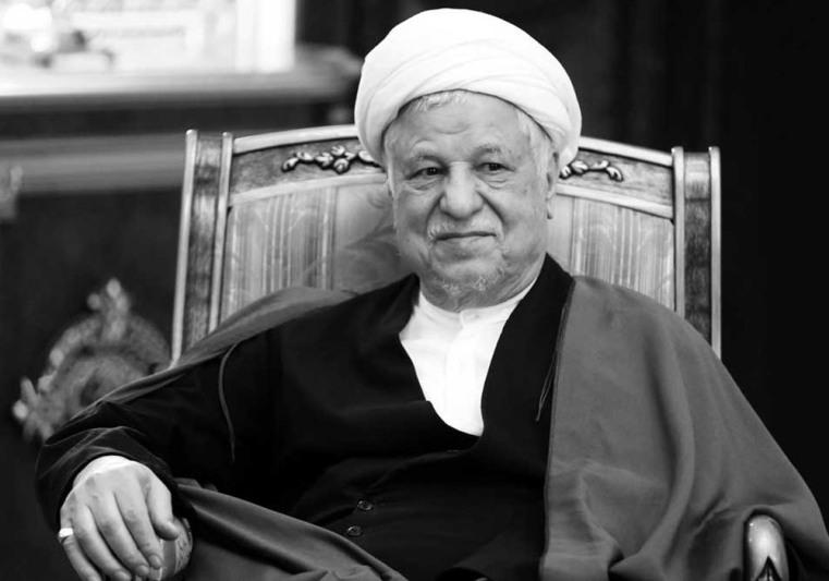 «مستند هاشمی زنده است» هیچ مجوزی ندارد