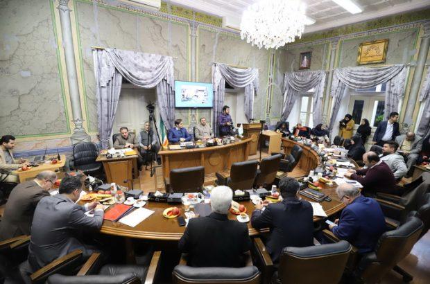 موافقین و مخالفین کاهش بودجه سال آتی شهرداری رشت