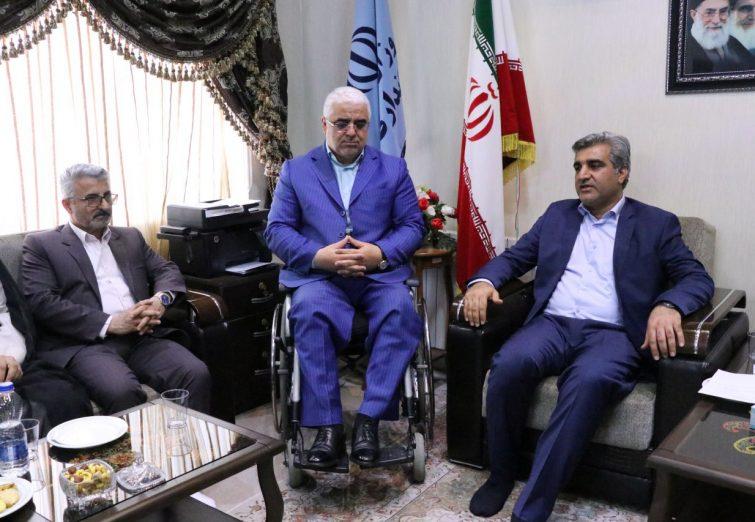 گزارش تصویری دیدار نوروزی جمعی از کارگزاران نظام در گیلان با استاندار