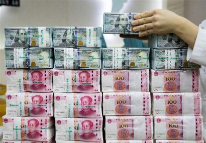 عرضهکنندگان ارز تقلبی در رشت دستگیر شدند