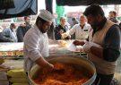 موکبهای گیلان روزانه ۵ هزار غذای گرم بین سیلزدگان توزیع میکنند