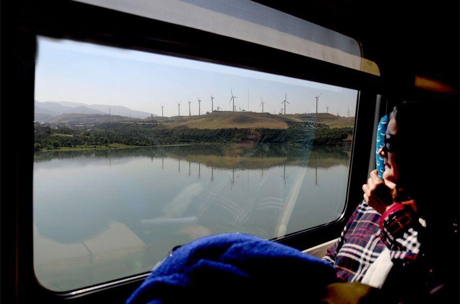 افزون بر یکهزار و ۵۰۰ نفر، گردشگری با قطار را در گیلان برگزیدند