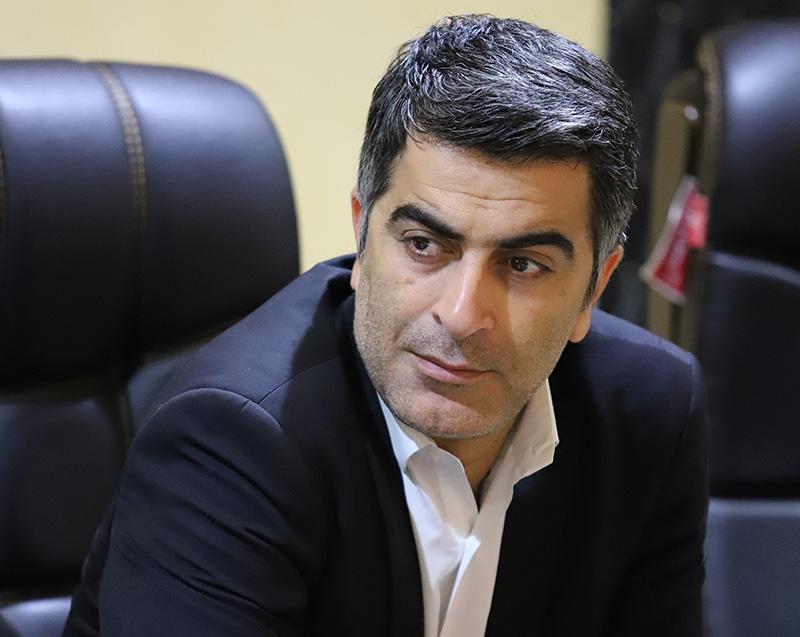حسنی در مجلس شورای اسلامی پیگیر مشکلات تیم استقلال هستند.