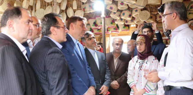 بیش از ۲۴ هزار نفر از ساکنان روستاهای گیلان به صنایع دستی اشتغال دارند