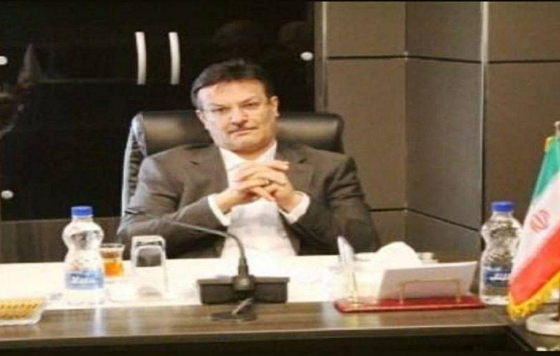 علیرضا حیدرآبادی پور مدیرعامل بانک سرمایه شب گذشته به کشور مسترد شد.