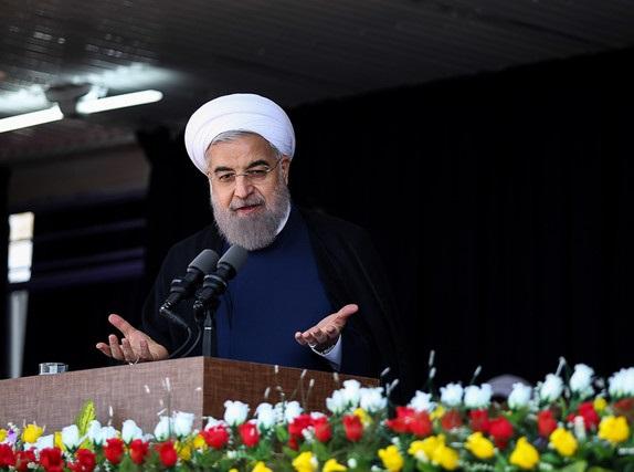 آمریکا میخواست ایران را در ۱۳ آبان آشفته ببیند  ملت پاسخ آمریکا را در ۲۲ بهمن میدهد