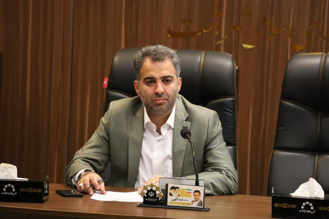 تکلیف اتوبوس های شهرداری رشت که ۸ پیش به قروین فرستاده شدند مشخص نیست+عکس