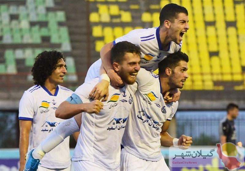 لیگ دسته یک فوتبال باشگاههای ایران  «ملوان بندرانزلی» در مقابل «گل ریحان البرز» بهبرتری دست یافت